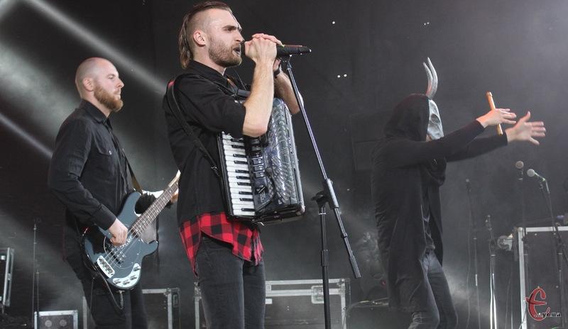 Сергій Строян є лідером одного з найвідоміших гуртів Хмельницького — «Чумацький шлях»