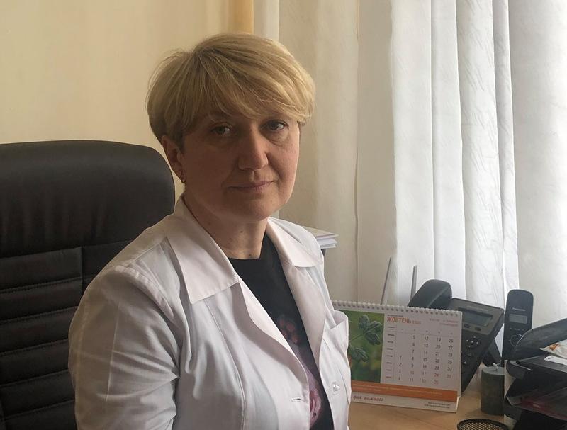 Лілія Брухнова каже, що панікуючи, людина втрачає можливість раціонально мислити, аналізувати, вона не може зібрати свої сили та ресурси для боротьби з хворобою