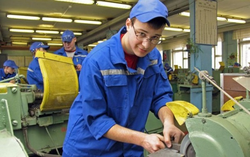 Уряд визначив 19 професій, які є стратегічно важливі для розвитку економіки України