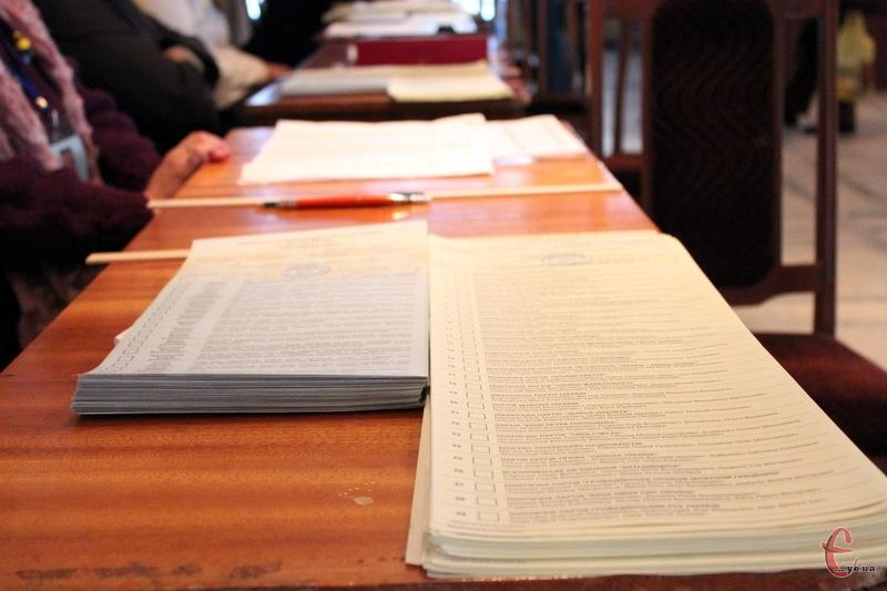 Якщо 25 жовтня хмельничани не віддадуть комусь із кандидатів у мери понад 50% голосів, доведеться знову йти на вибори