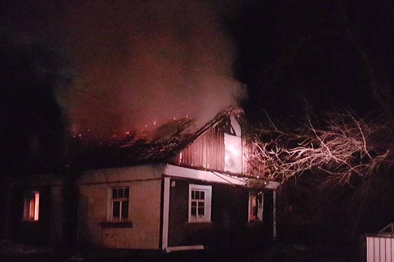 За минулу добу на Хмельниччині вогнеборці ліквідували 4 пожежі