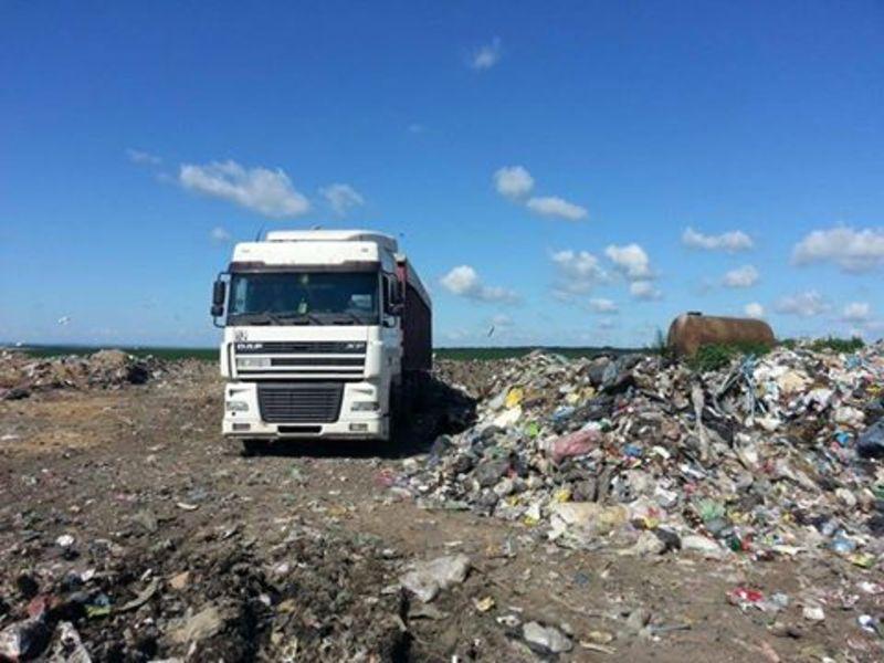 Вже 6 липня міська рада Старокостянтинова може скасувати заборони приймати сміття зі Львова