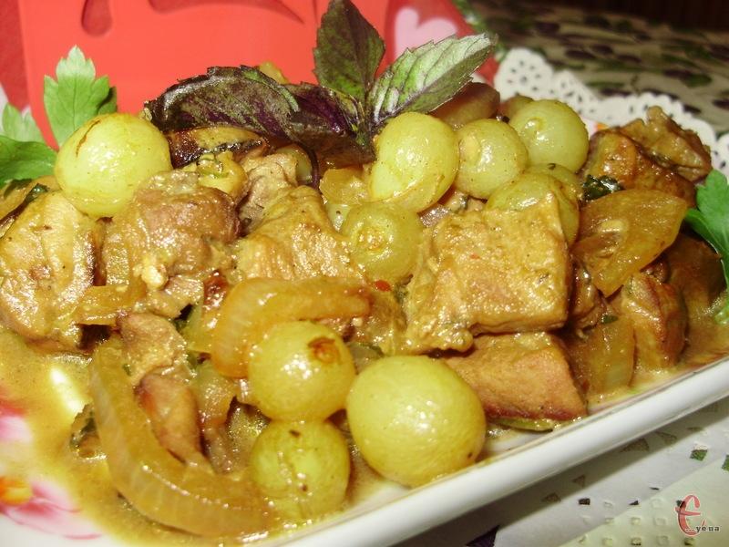 В такий спосіб можна готувати будь-яке м'ясо — свинину, телятину, курятину і навіть баранину.