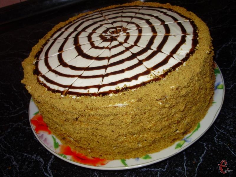 Рецепт цього тортика знайшла в старому маминому записничку 20-річної давнини, спекла й тепер не можу встояти, щоб не поділитися з вами!