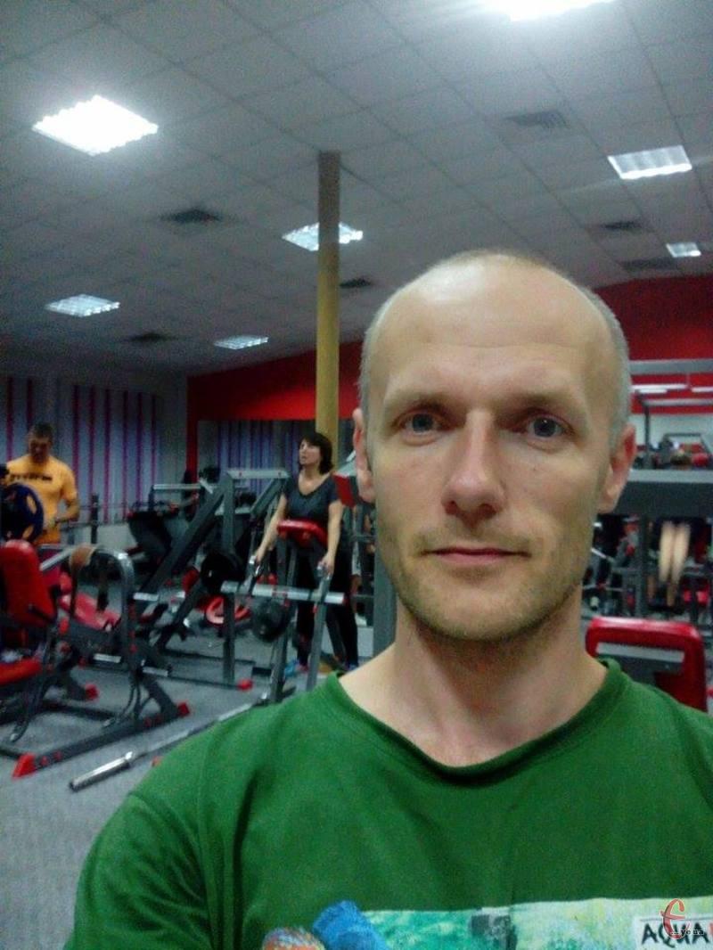Руслан, 38 років, прагне