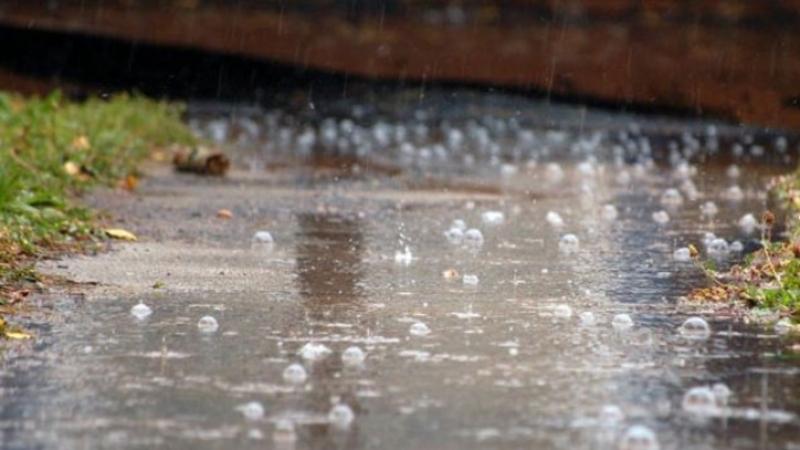 Синоптики прогнозують, що 21 червня на Хмельниччині будуть дощі з грозами