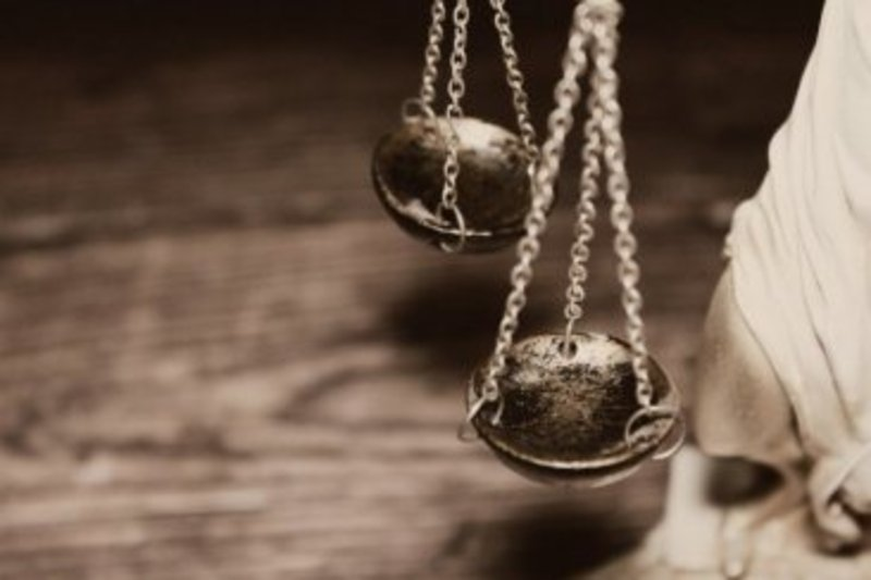 Суд ухвалив новий вирок в справі про заподіяння тяжких травм через ревнощі