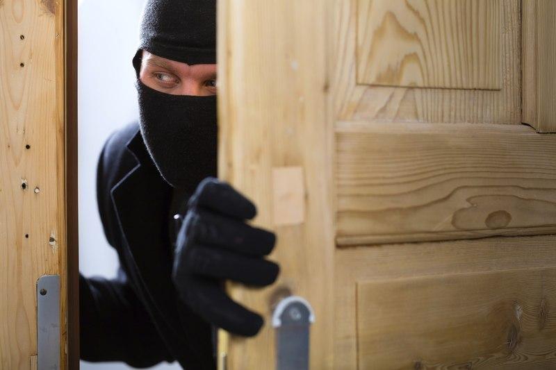 На Хмельниччині за один день сталося три крадіжки.