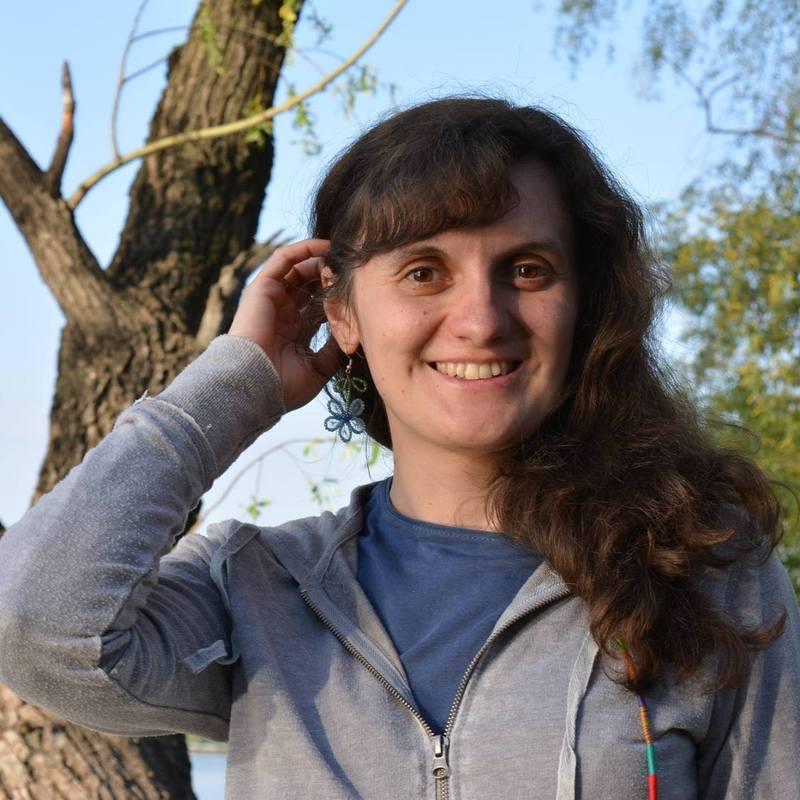 Ксенія Жужа — вільна мандрівниця і журналістка медіакорпорації «Є»