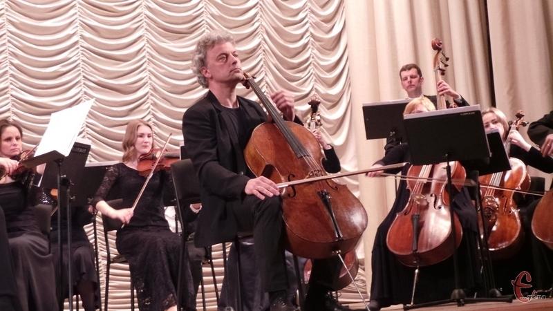 Рафаель Піду зіграв на інструменті відомого майстра 17 століття