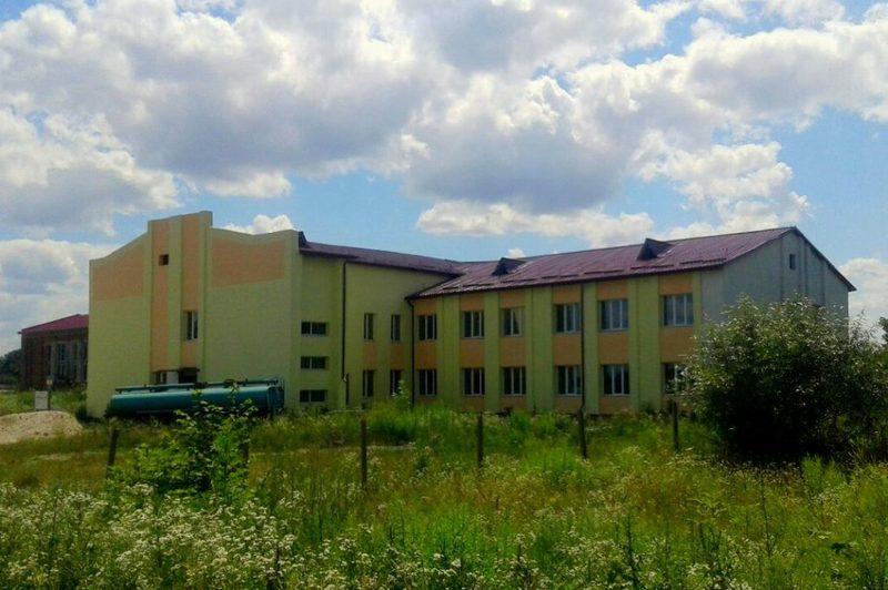 Будівництво даного закладу було розпочато ще в 1990 році