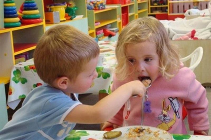 Дітей у селі не хотіли харчувати безкоштовно