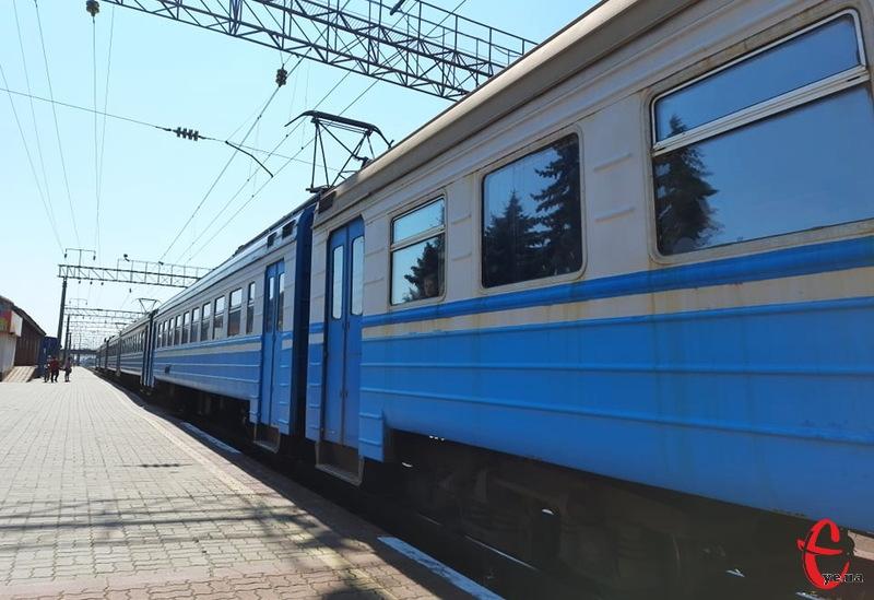 Додатковий потяг курсує за маршрутом Львів-Херсон