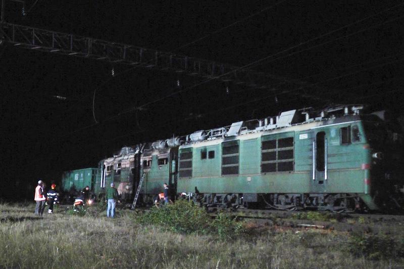 До гасіння пожежі залучали пожежний потяг