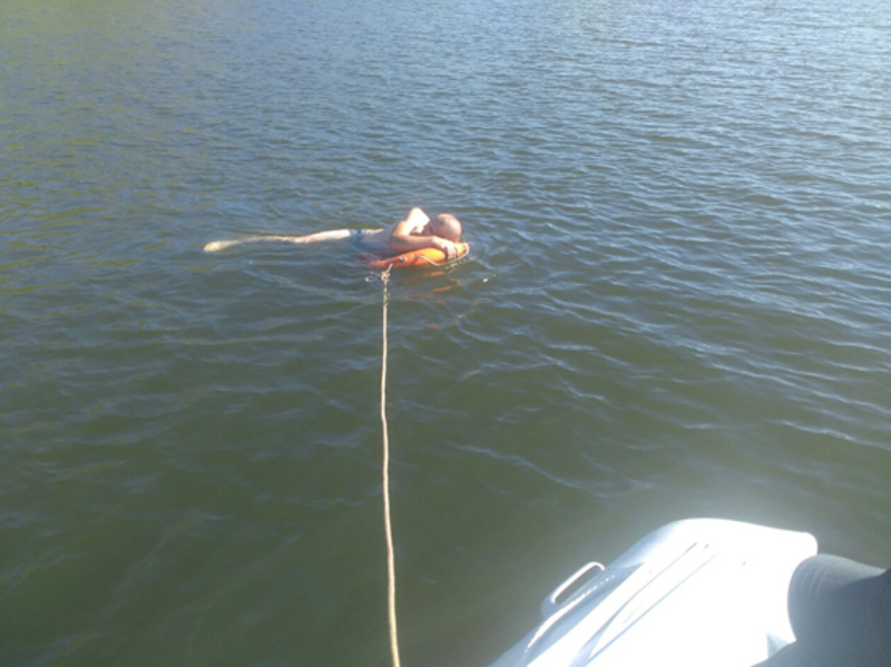 Постраждалих витягнули із води та доправили на берег