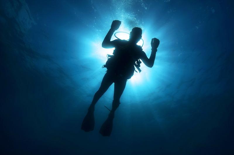 Водолазам вдалося знайти бездиханне тіло зниклого рибалку