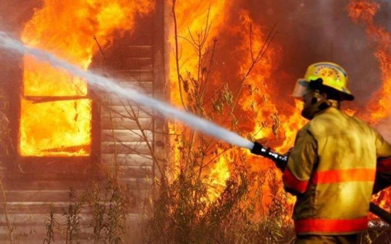 На Дунаєвеччині підпалили магазин