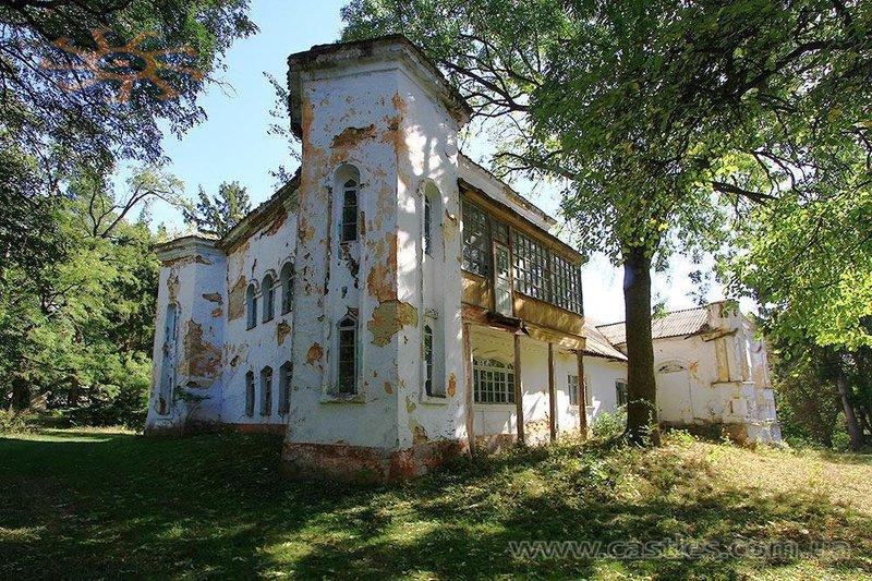 Активісти хочуть зберегти від руйнування маєток в Удріївцях