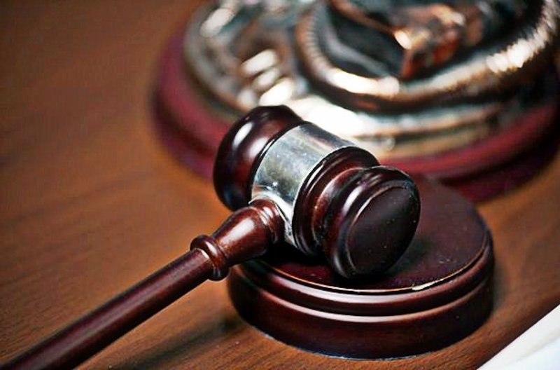 Суд визнав недійсним договір оренди землі