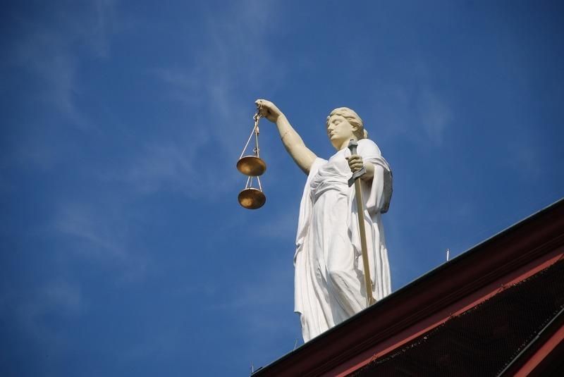 Неодноразово судимий різними судами крадій сяде за грати знову