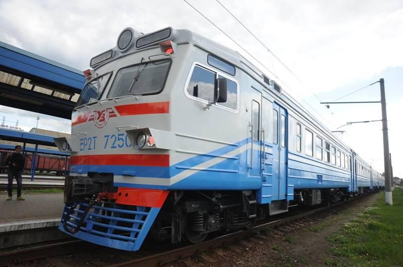 Більшість потягів, які курсуватимуть через Шепетівку, відновлять роботу з 14 липня