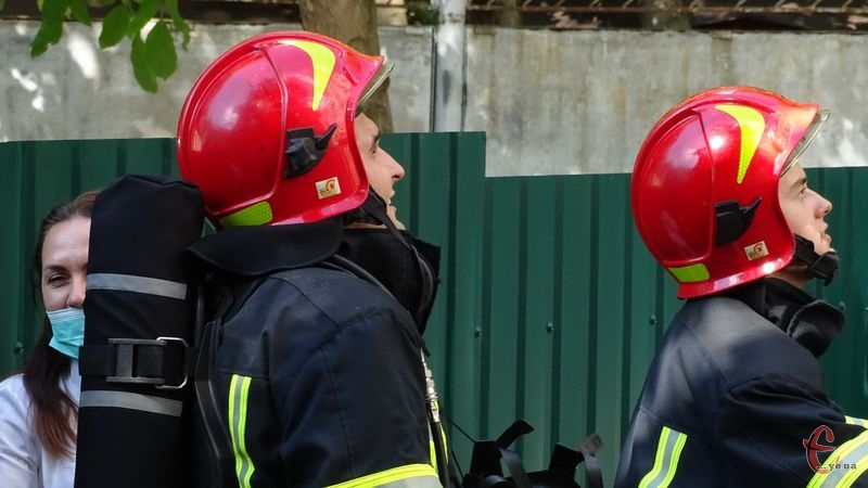 Рятувальники ліквідували чотири пожежі за добу