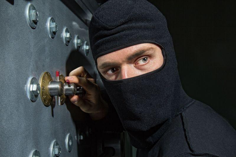 Серійний злодій здійснив крадіжок майже на півмільйона гривень