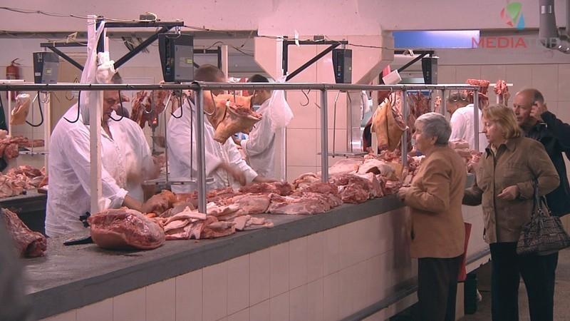 На Хмельниччині суттєво подорожчало м'ясо.