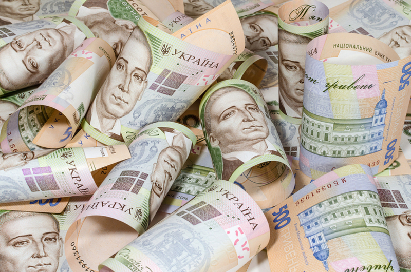 На Хмельниччині 37 офіційних мільйонерів подали декларації про доходи