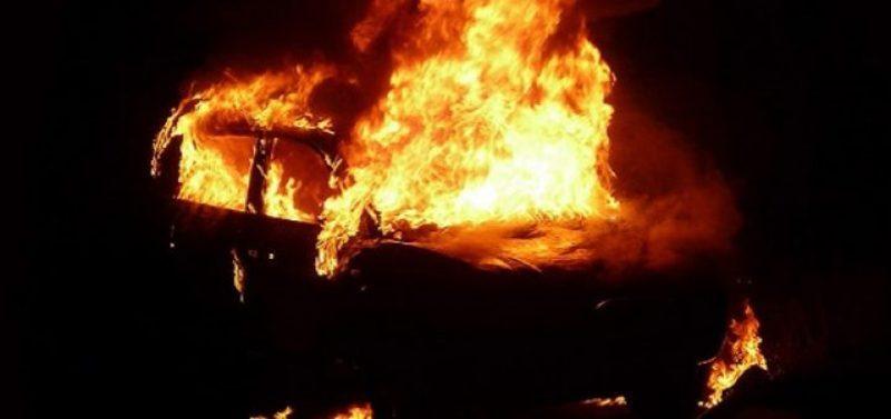 За минулу добу на Хмельниччині зафіксували дві пожежі автомобілів