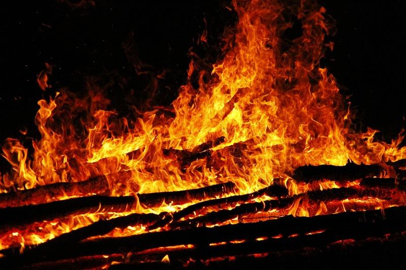 Причиною займання торфу рятувальники називають необережне поводження з вогнем