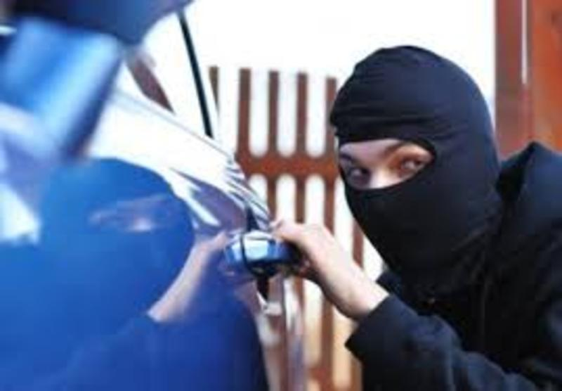 Автомобіль «Тойота Лендкрузер» викрали невідомі