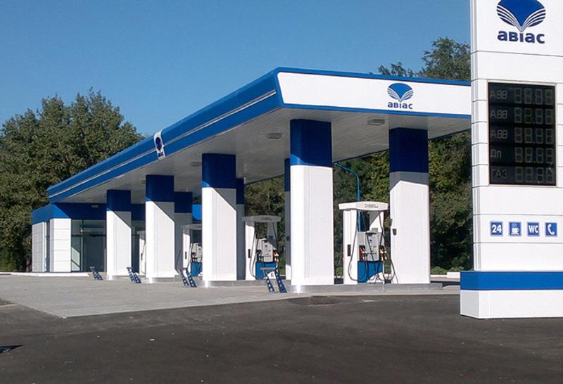 Антимонопольний комітет оштрафував нафтотрейдерів за те, що вони два дні не торгували пальним