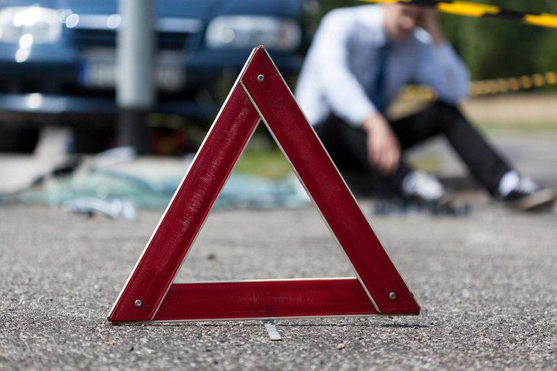 Учасників дорожнього руху вкотре просять бути уважними та обережними на дорозі