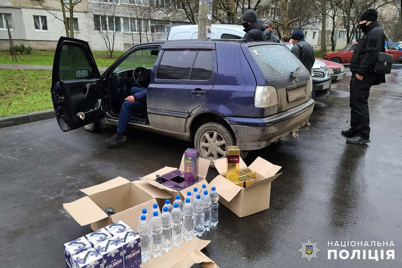 Загальна вартість вилученого обладнання та готової продукції склала орієнтовно один мільйон гривень