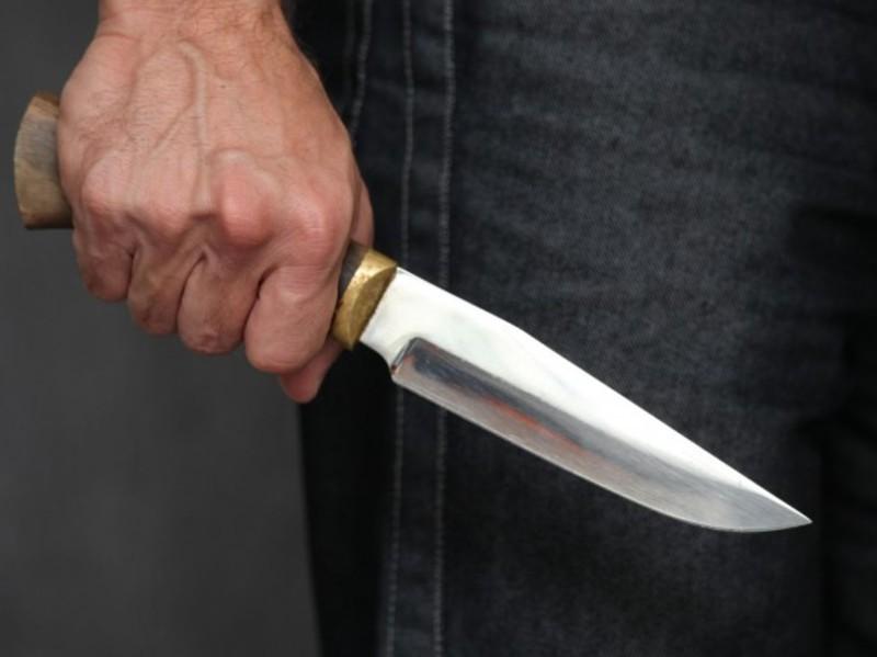 Чоловік від отриманого ножового поранення помер