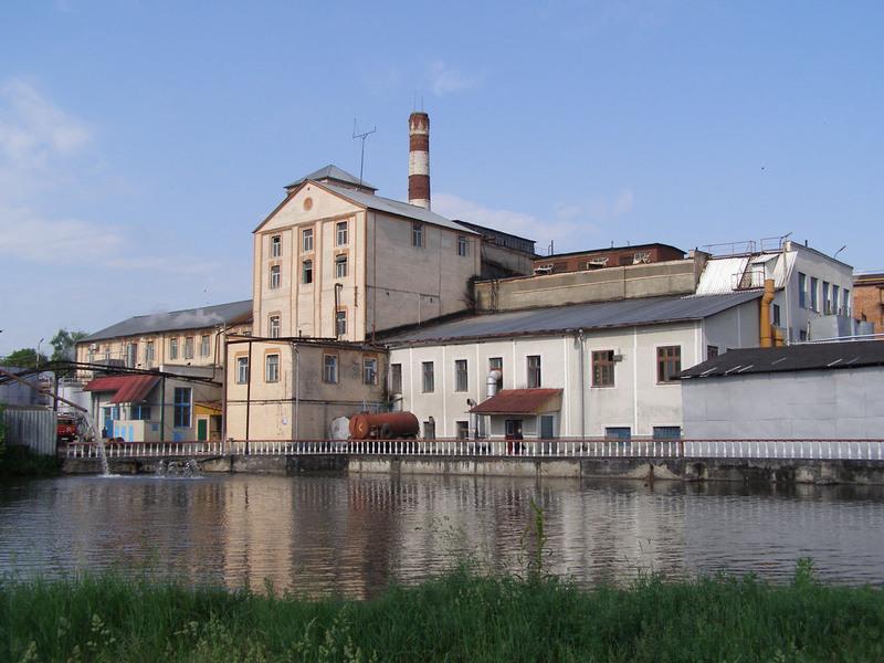 Зокрема, на приватизацію винесли головний корпус заводу, спиртосховище, склад мінводи, транспортні засоби й устаткування
