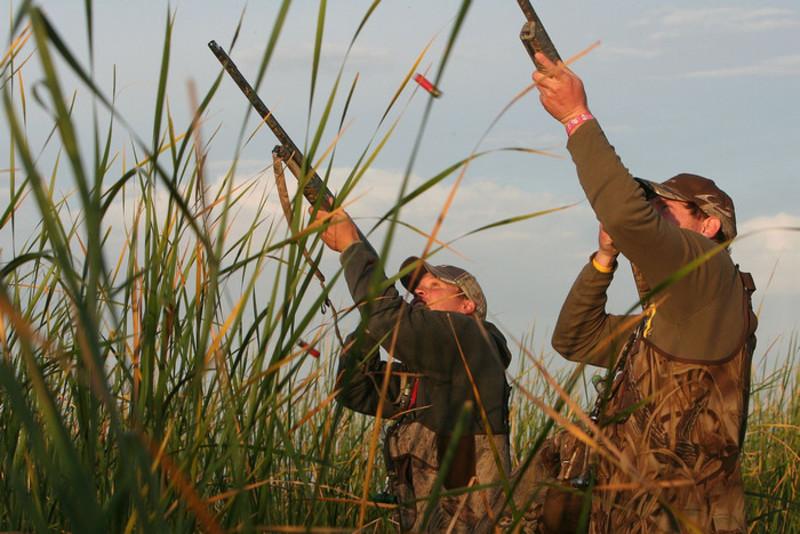 Днями полювання є субота й неділя.