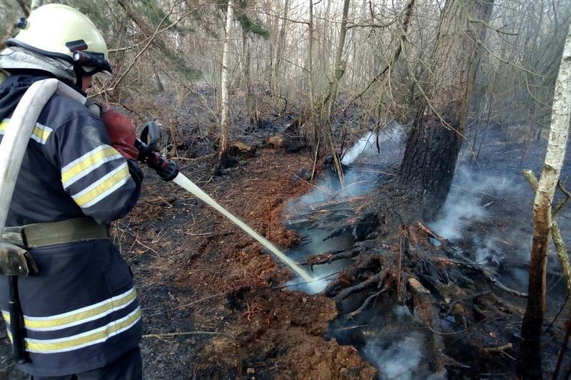 Минулої доби сталося 16 пожеж