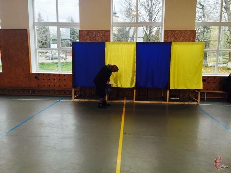 У Городку виборчих дільниць більше, ніж в інших ОТГ