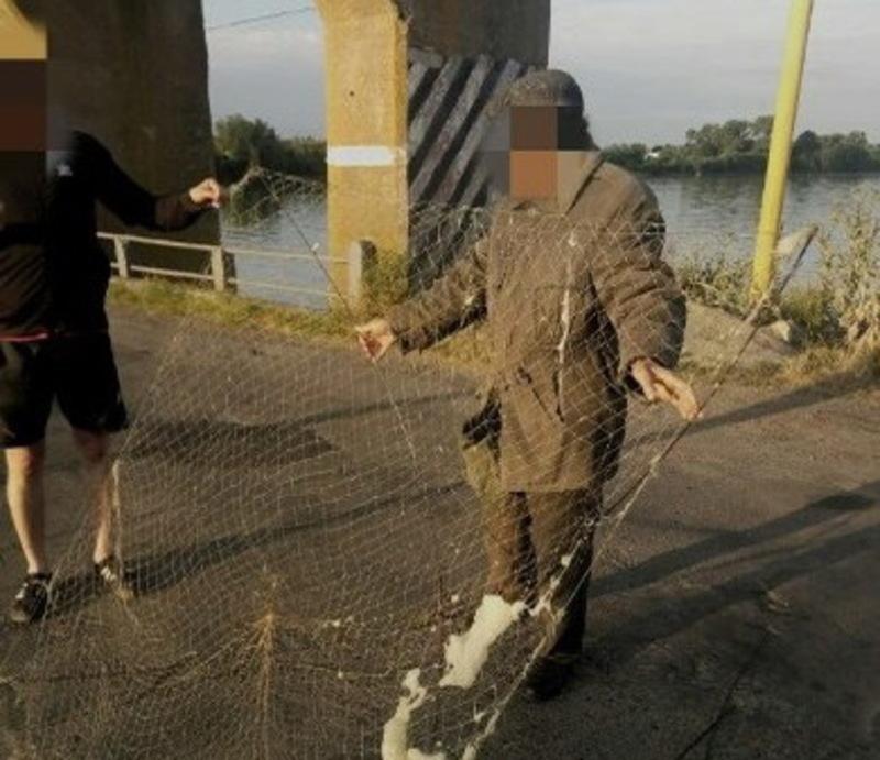 Рибалки-порушники ловили рибу забороненими знаряддями