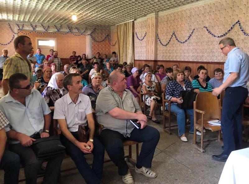 Під час одного із громадських обговорень в процесі створення Сахновецької громади