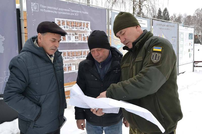 11 гуртожитків буде зведено у військових містечках міста Хмельницький та 2 у місті Кам'янець-Подільський