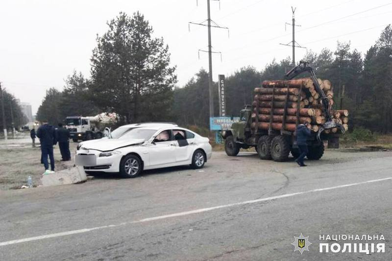 У результаті ДТП водій автомобіля «BMW» отримав тілесні ушкодження