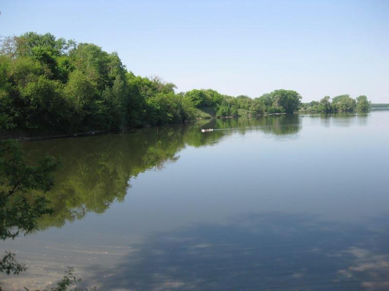 Неподалік села Мислятин у річці Горинь знайшли тіло чоловіка