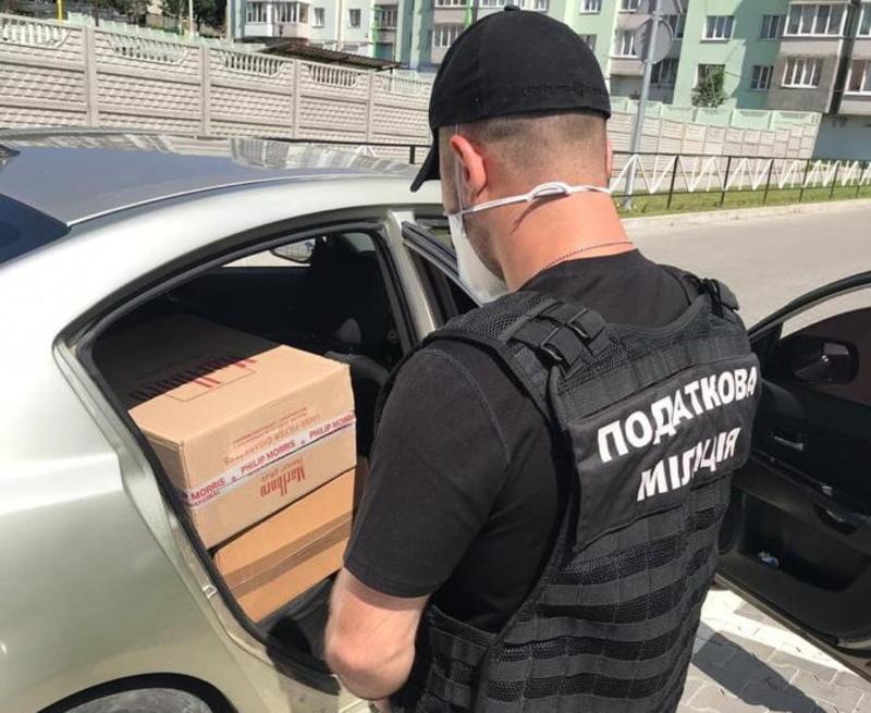 Перевіряється інформація щодо можливої контрабанди контрафактних цигарок до Євросоюзу