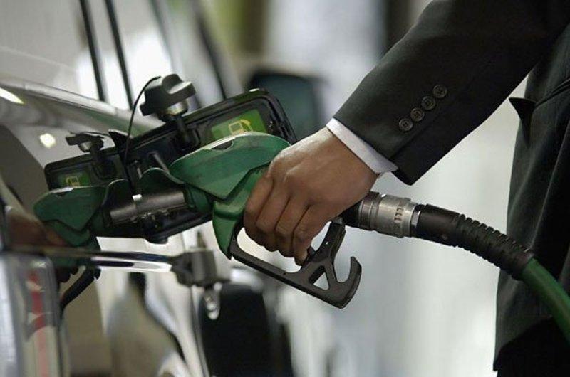 Незаконно виготовлених нафтопродуктів вилучили на суму 2,5 мільйона гривень