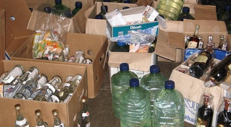 Вилучили 4,3 тонни лікеро-горілчаних напоїв та спирту на суму майже 5 мільйонів гривень