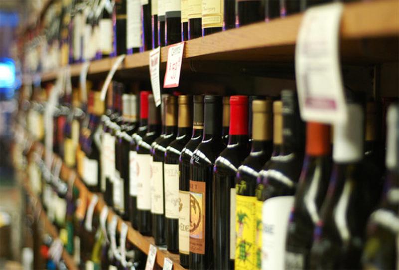 Викрито порушень при реалізації алкогольно-тютюнової продукції на півмільйона гривень