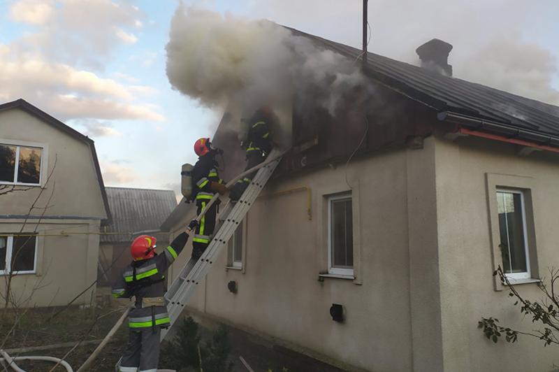 На Хмельниччині за минулу добу вогнеборці двічі залучалися до ліквідації пожеж